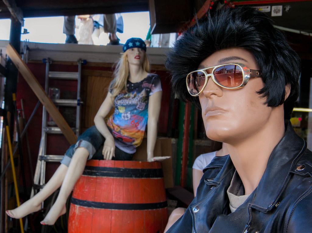 Elvis and friend in Seligman