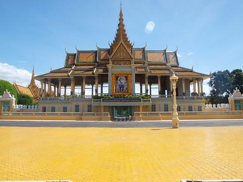 Phnom Penh Royal Palace (67) Preah Thineang Chan Chhaya (Moonlight Pavilion) | by qubodup