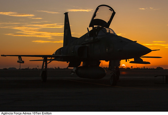 Northrop F-5EM da Força Aérea Brasileira (sunset)