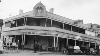 Langham Hotel, Gouger Street, Adelaide, 1940