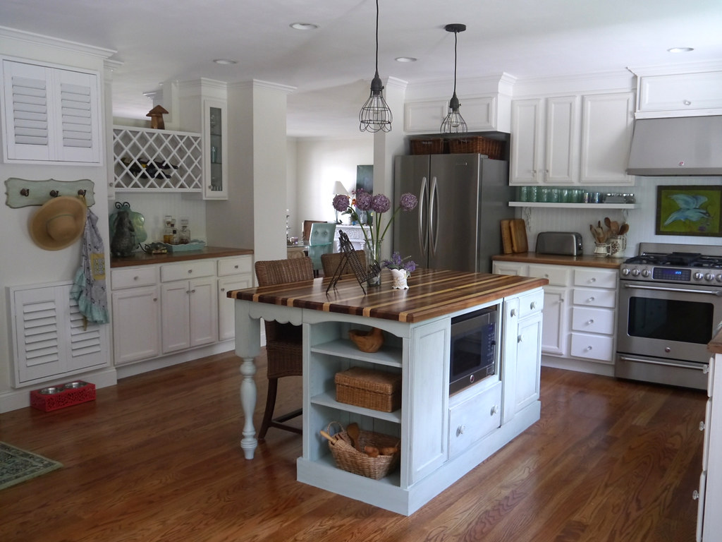Cottage kitchen remodel dated ranch home kitchen remodel for Arredamento casa di campagna