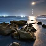 銀。月之海