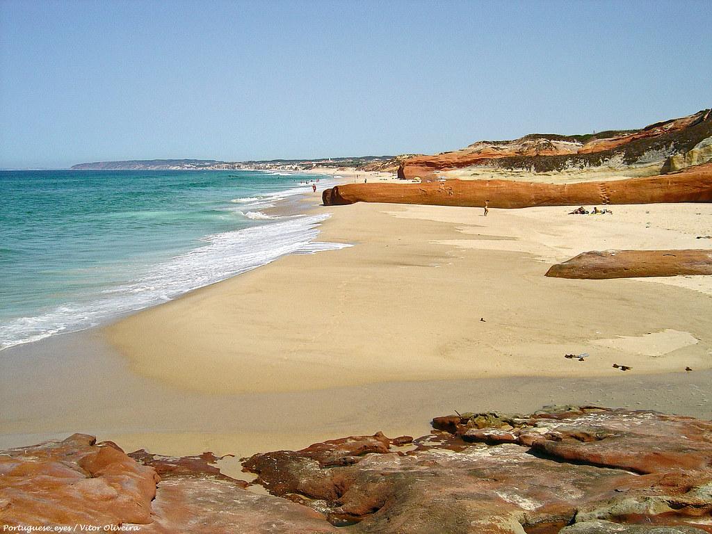 Praia De Pedras Muitas Ou Da Almagreira - Portugal