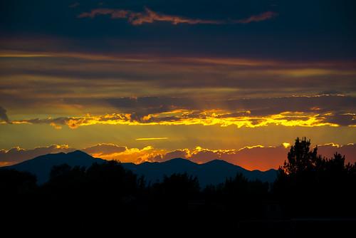 light sunset summer utah nikon cloudy monsoon raysoflight rainyseason 70200mm redsunset utahcounty nikkorafs70200mmf28edvrii
