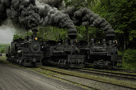 Shay # 4, 5 & 6 racing in the siding