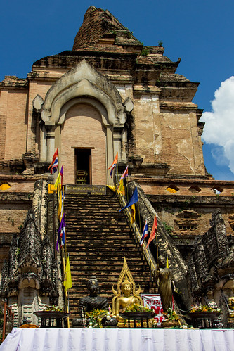 2014-05-25 Thailand Day 3, Wat Chedi Luang | by Qsimple, Memories For The Future Photography