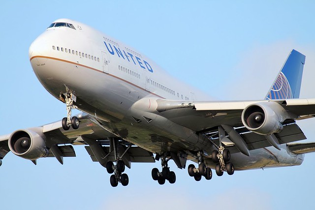 N180UA United Airlines B747 LHR 23/07/14