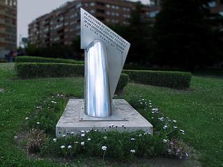"""arte urbano """"Monumento a la las Víctimas del 11-M"""" ....pero en donde ?  Recinto Ferial de Coslada"""