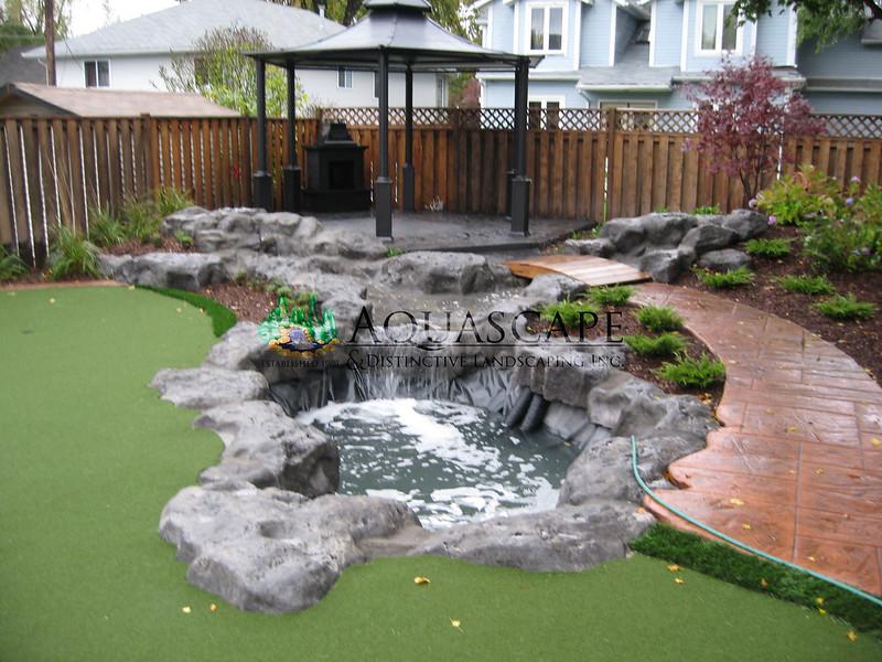 Aquascape & Distinctive Landscaping Inc.
