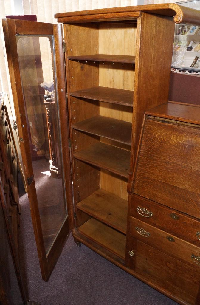 CH0072 Antique Oak Secretary DSC01372