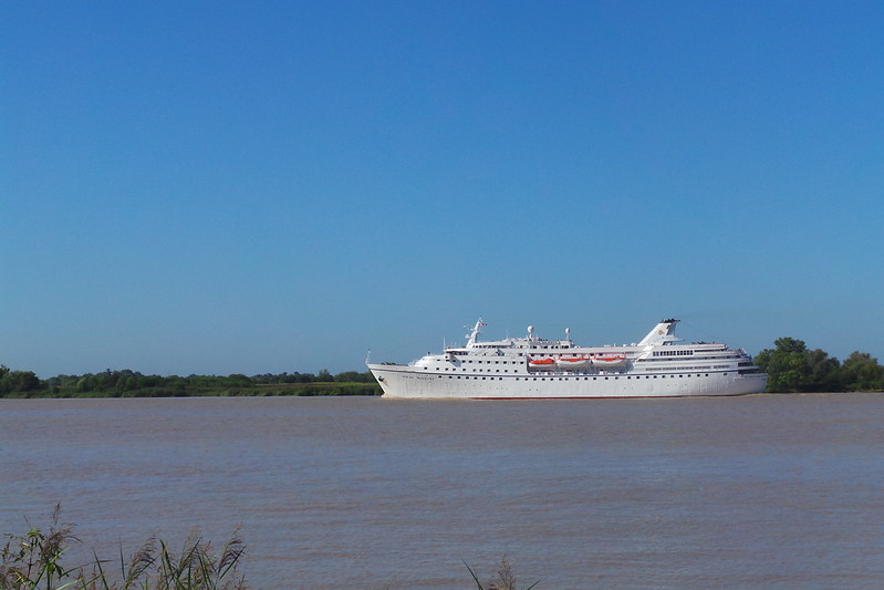 OCEAN MAJESTY en route pour Bordeaux - 01 septembre 2014