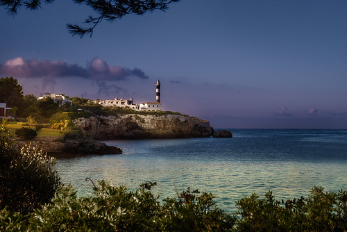 light lighthouse clouds sunrise islands meer urlaub porto fe fullframe mallorca sonnenaufgang leuchtturm majorca balearen colom balearic
