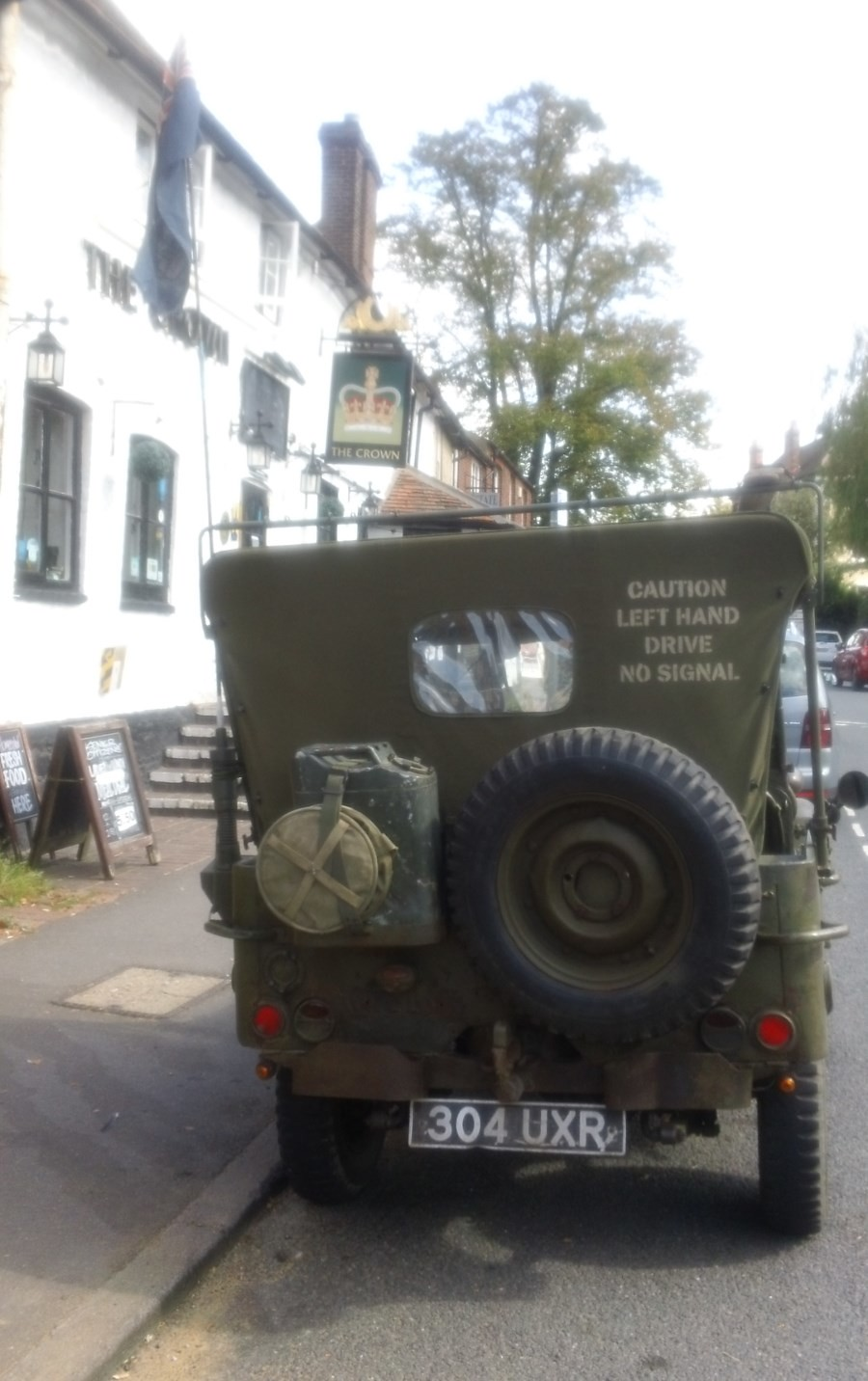 The Crown, Otford a WW2 jeep parked in front