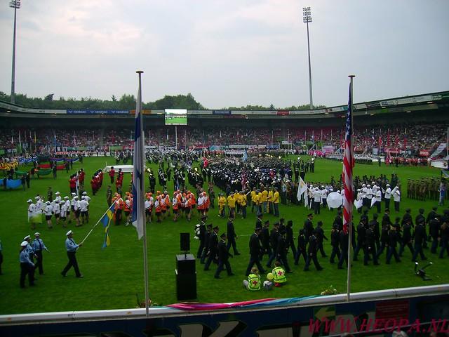 2007-07-16 Startbewijs op halen en vlaggen parade. (89)