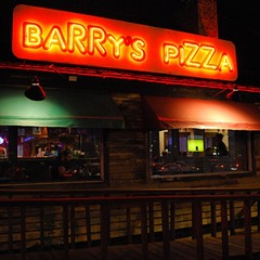 It's not too late for dinner #barryspizza is open till 11pm every night except Sunday night! #pizza #beer #wings #munchies #houston #htown #foodie great #craftbeer selection includes: #saintarnoldsbrewery #buffalobayoubrewery #karbachbrewery #lonepintbrew