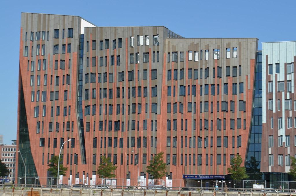 Modern Architektur On Ubersee Allee Hafen City Westport