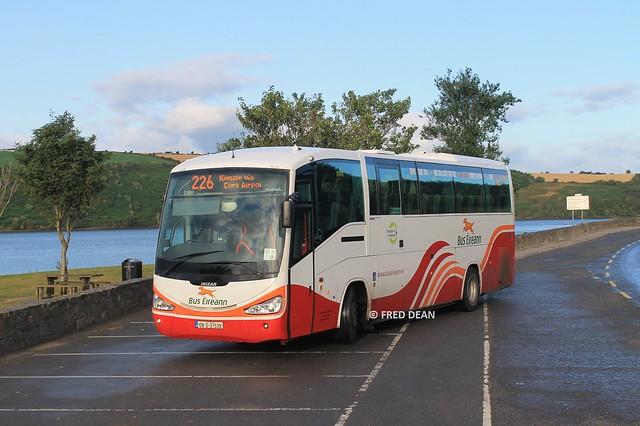 Bus Eireann SC211 (08D37539).