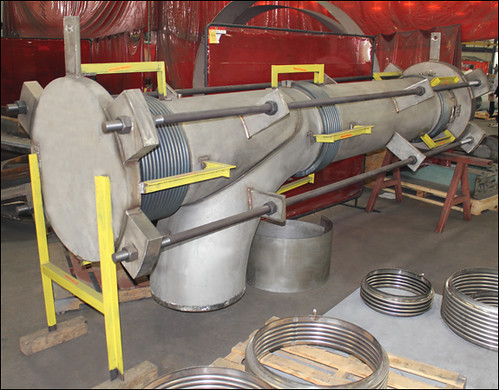 "24"" Dia. Elbow Pressure Balanced Expansion Joint Designed for a Chemical Plant in Missouri"
