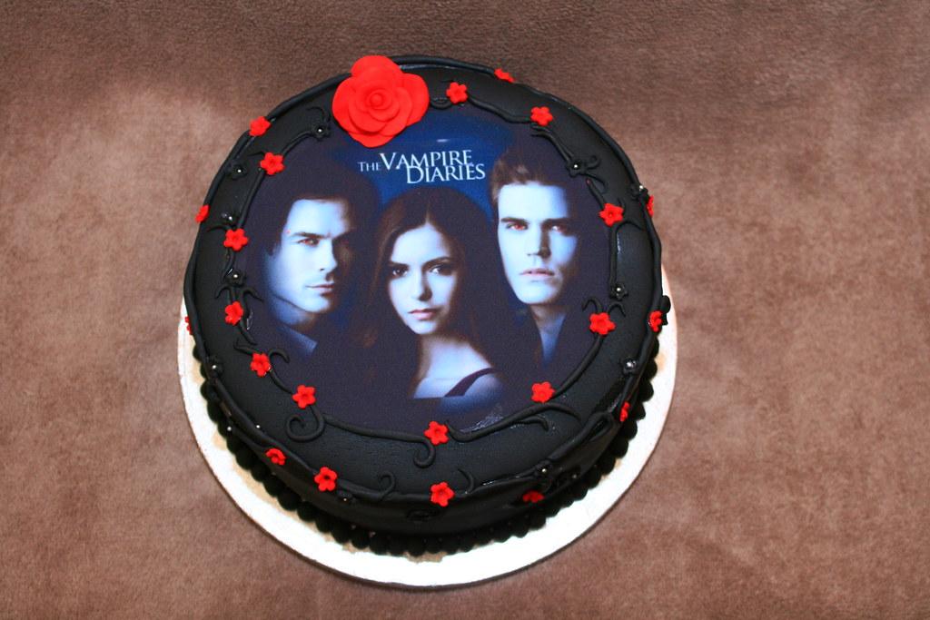 Incredible Vampire Diaries Cake Eldriva Flickr Funny Birthday Cards Online Overcheapnameinfo