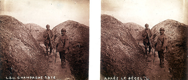 Soldiers in trench after winter on Champagne front during WWI (stereoscopic glass plate, France)