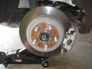 2014 Dodge Durango SUV - Checking Rear Disc Brake Rotor, Caliper, Bracket - Changing Pads