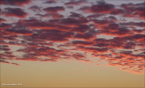 føroyar færøerne faroeislands sólarris sunrise streymoy panasoniclumixdmcfz150 maritagulklett