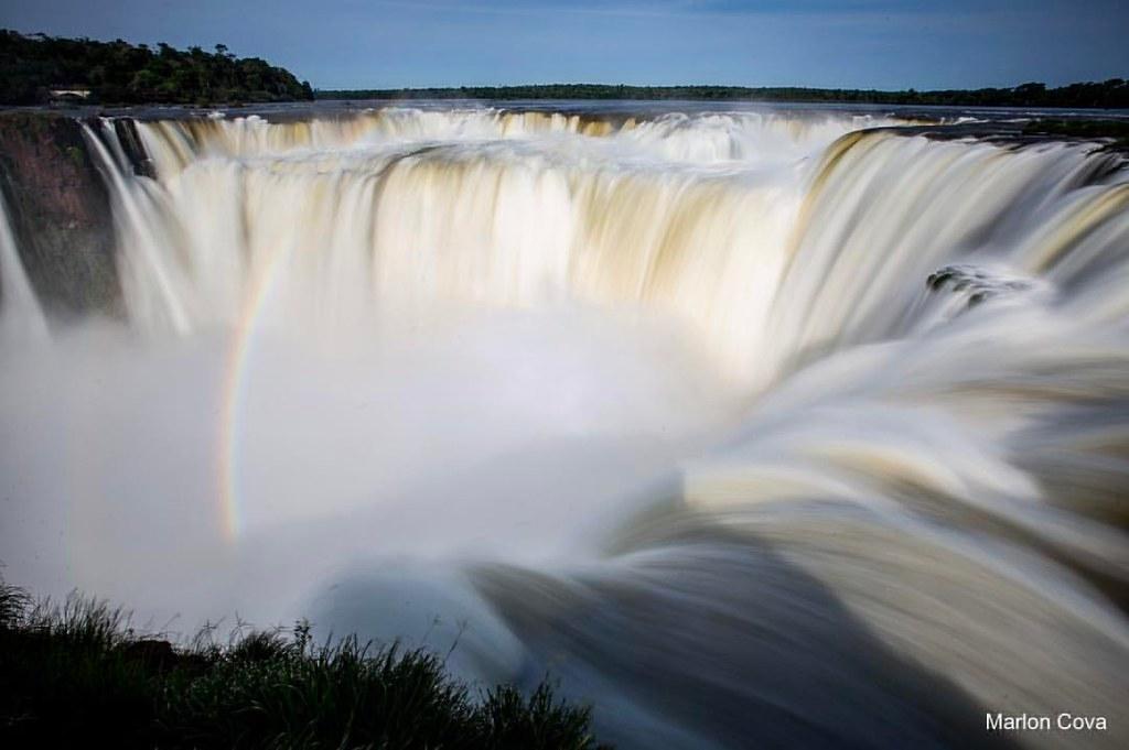 La Garganta del Diablo a fuego lento, Cataratas de Iguazú,… | Flickr