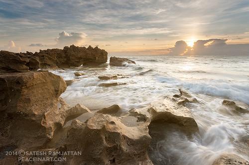 ocean seascape beach sunrise landscape waves florida jupiter southflorida satesh wavescrashing coralcove coralcovepark peaceinartcom
