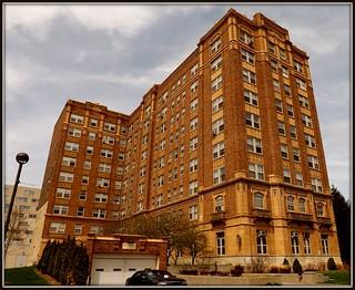 Chatsworth Apartments: 630 Merrick Street, Wayne State University--Detroit MI