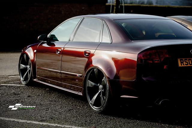 Audi RS4 Gloss Black Rose