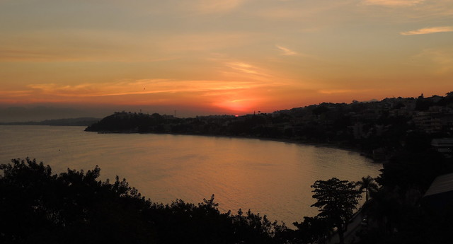 Entardecer na Ilha do Governador. Baía da Guanabara. Rio de Janeiro. Brasil
