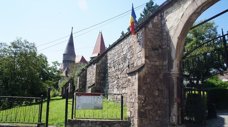Castelul_Corvinilor-2