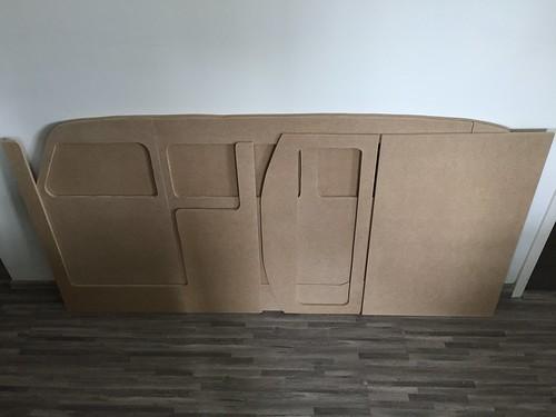 Toutes les pièces du lit sont découpés | by arnaudban