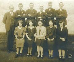 M. Llewellyn W. Bevan Dux GHS Leaving class Jul1925 males Barbour, Burton, Hoffmann, Elliott, Bevan, McEwen, females Lillecrapp, Morris, Wilson, Goddard, and Whimpress.