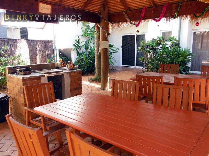 Hotel Coral Tree Inn. Barbacoa