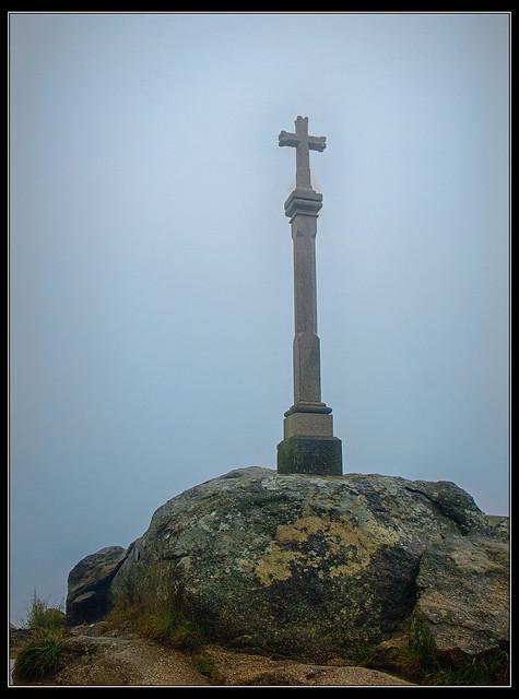 Cruz de los Peregrinos, Fin del Camino en Cabo Finisterre, A Coruña
