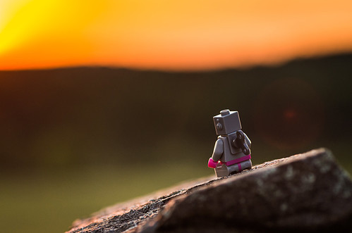sunset oneaday toy robot lego photoaday minifig pictureaday legominifigure minifigure project365 legominifig legorobot project365153