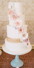 Sequins and flowers cake