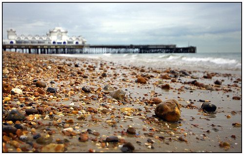 waves bokeh pebbles portsmouth wetsand sigma1020mm southparadepier a65 southseapier southseabeach alpha65