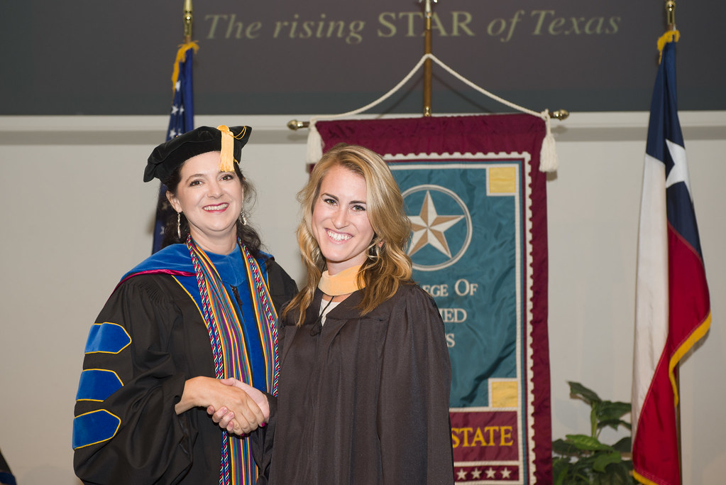 Dsc 9683 August 2014 Hooding Ceremony Individual Photos Texas State College Of Applied Arts Flickr