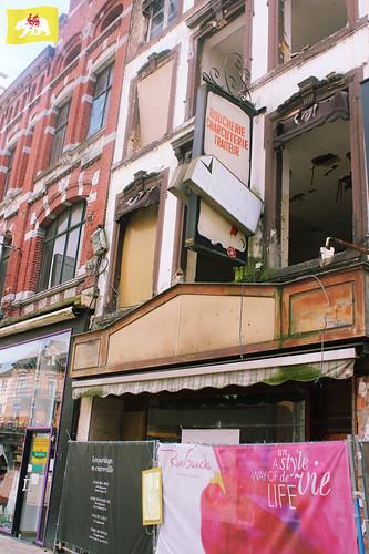 entonnoir_org a posté une photo:Chantier Rive Gauche, Ville Basse, Charleroi, RaF Pirlot