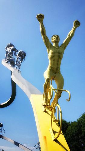 sculpture france de tour samsung winner nik viewing aire pyrenees a64 metais durrum