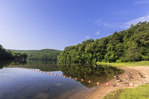 day connecticut ct clear waterreflection housatonicriver southbury lakezoar kettletownstatepark sonyphotographing ctdeep