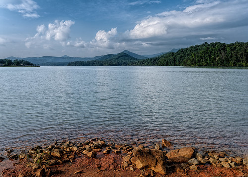 beach cloud cloudy edrosack features georgia hills lake landscape mountain panorama sky terrain tree usa vacation water weather rock shore hiawassee day edrosackcom