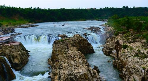 waterfalls narmada jabalpur dhuandhar narmadariver dhuandharfalls jabalpurfalls