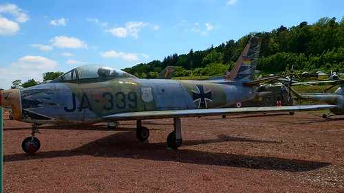 North American Canadair CL-13 Sabre 6 in Savigny-les-Beaune