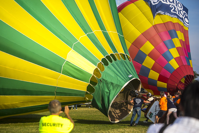 The KMOX balloon filling up