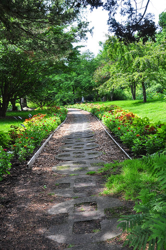 summer stone gardens garden landscape landscapes photo nikon photos michigan walkway unlimited pathway midland d90 dowgardens unlimitedphotos