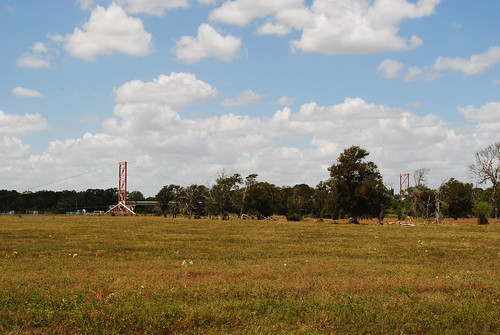 pipeline wire suspension bridge brazos river texas fm 1489 simonton wallis fort bend county supports lost steel girder united states north america