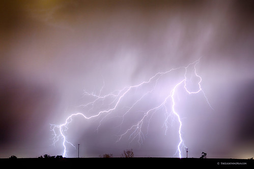 sky nature rain night canon landscapes colorado lightning lightening striking storms electrical monsoons thunderstorms oilwells pumpjack lightningbolts coloradothunderstorms jamesinsogna